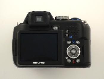 Olympus SP-565UZ