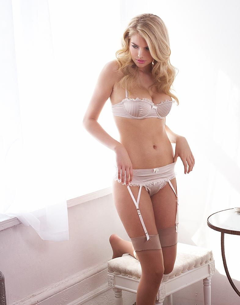 Jenna Upton Nude Photos 18