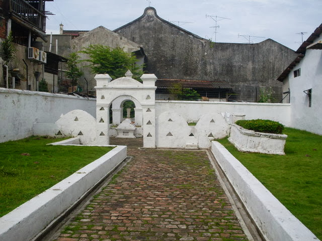 Makam-Hang-Jebat-Tomb-of-Hang-Jebat