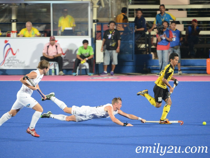 22nd SAS Cup 2013: Day 2: Match 3: Malaysia (2) - New Zealand (1)