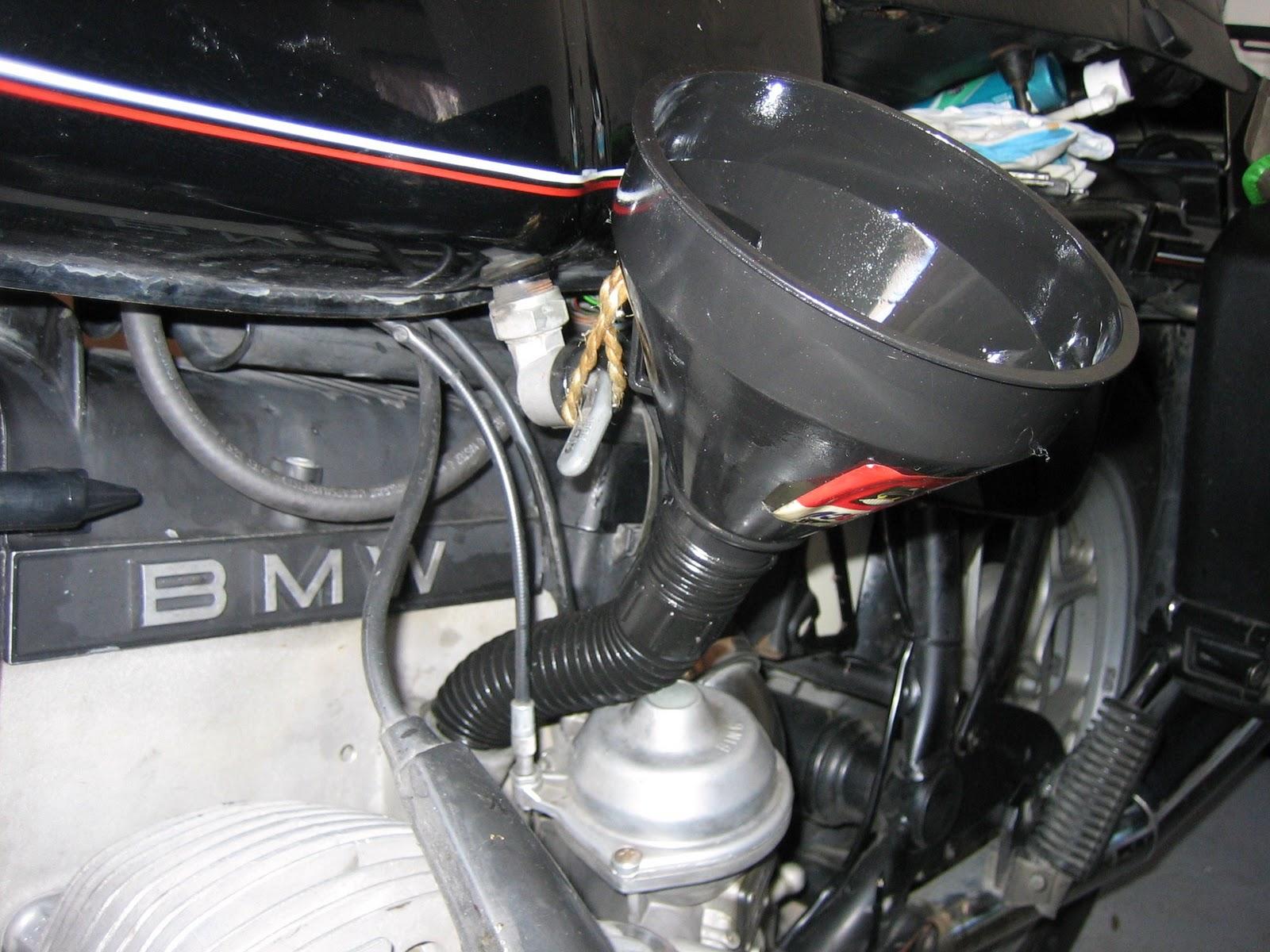 El aceite la gasolina para el motor a dos tiempos