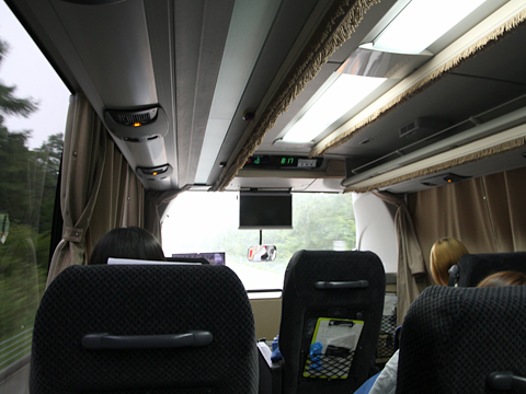 西日本鉄道「博多・フジヤマ Express」 4852 東富士五湖道路走行中
