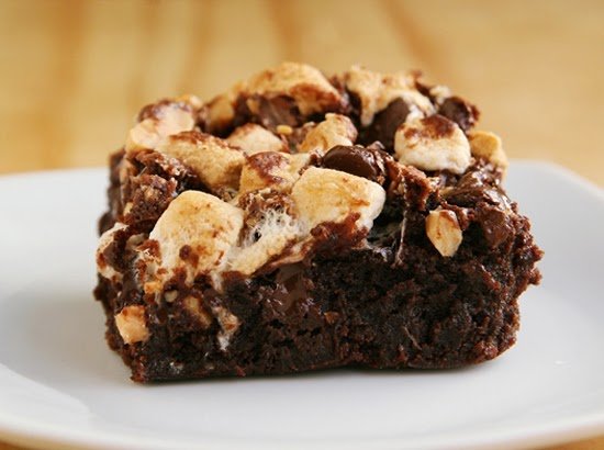 Strawberry Chic: Rocky Road Brownies
