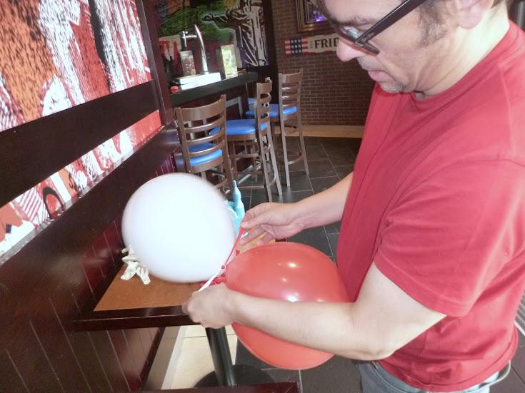 como-hacer-arco-decoracion-globos-05