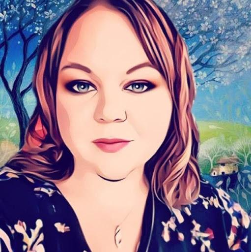 Sarah Teter