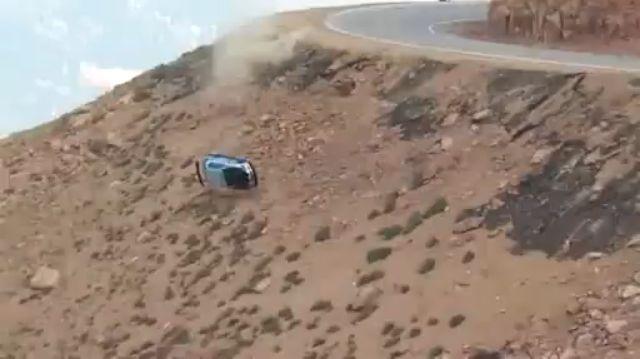 Pilotos escapam com vida a acidente brutal!
