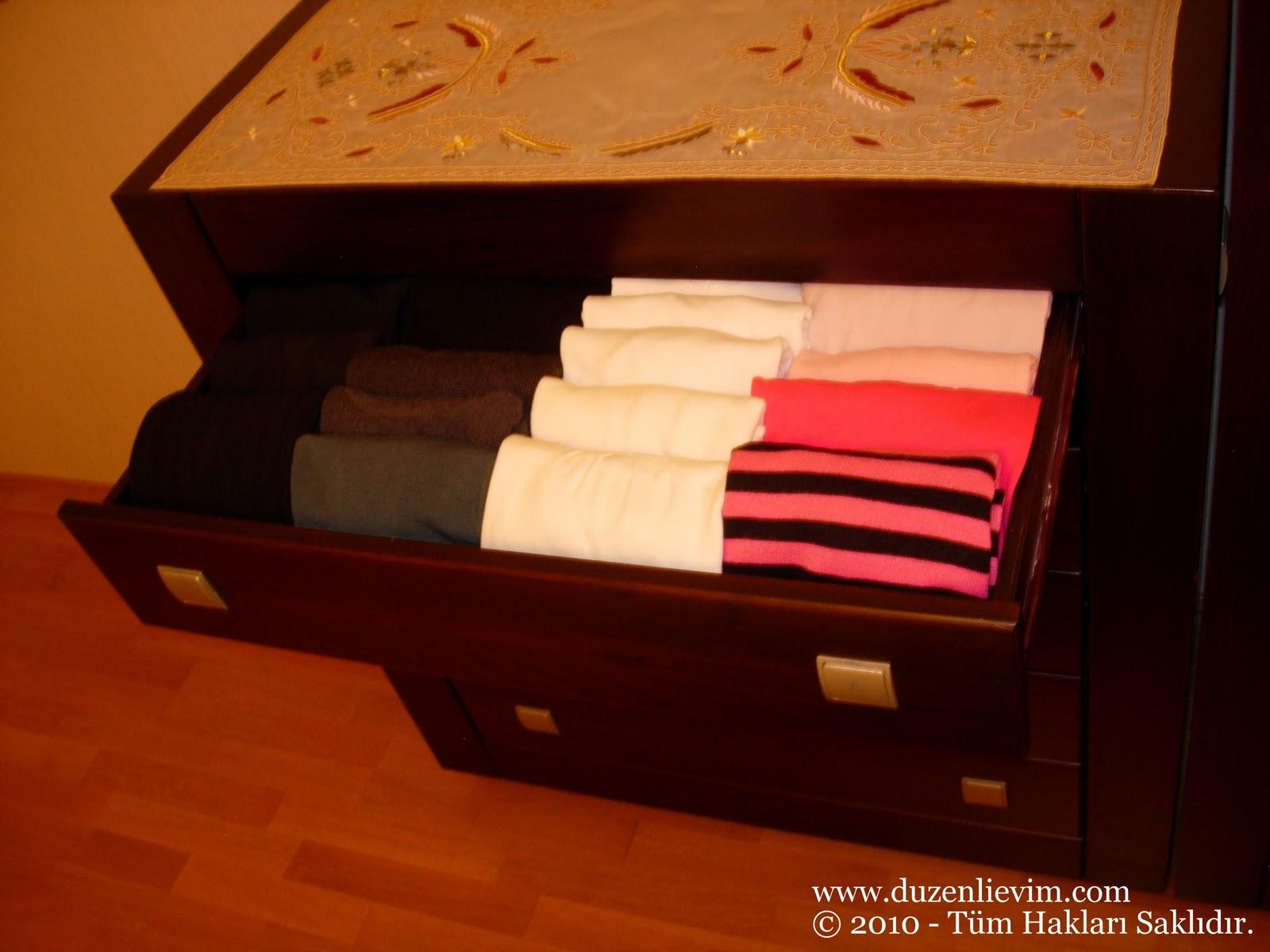 Küçük Odalarınızı Kullanışlı Hale Getirmenin Püf Noktaları
