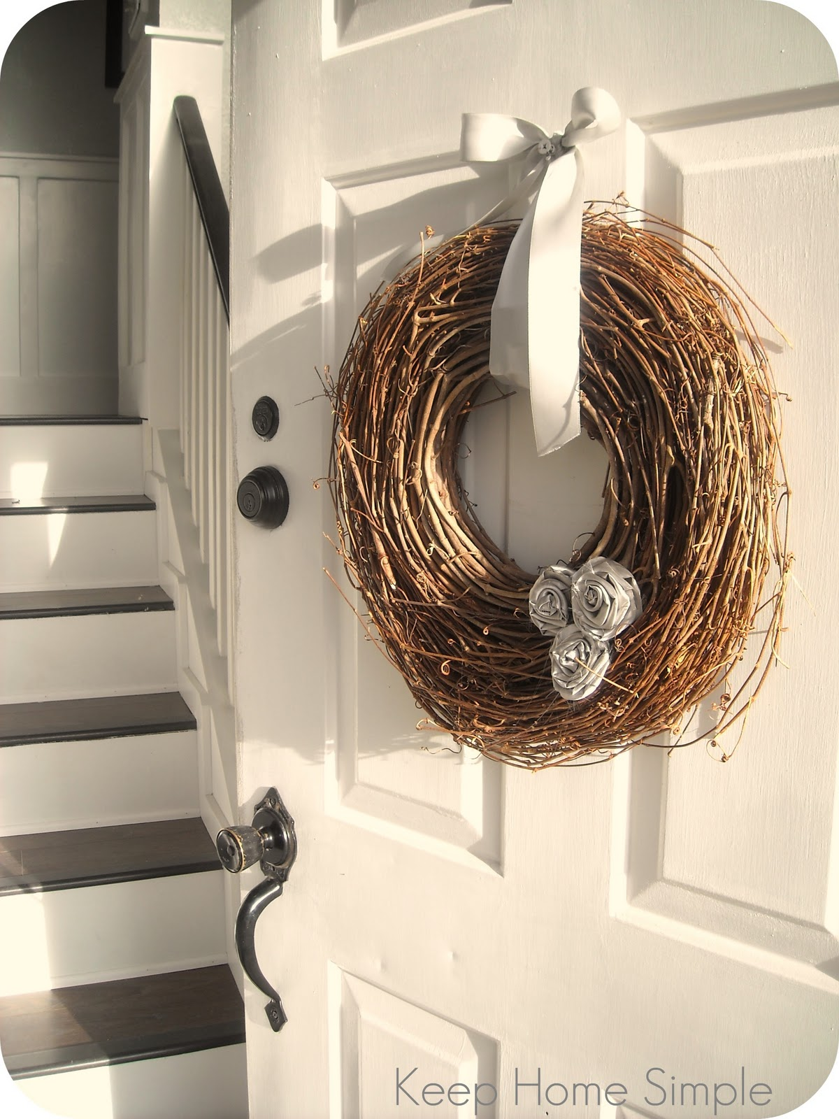 Keep Home Simple New Entry Light: Keep Home Simple: Vine Wreath