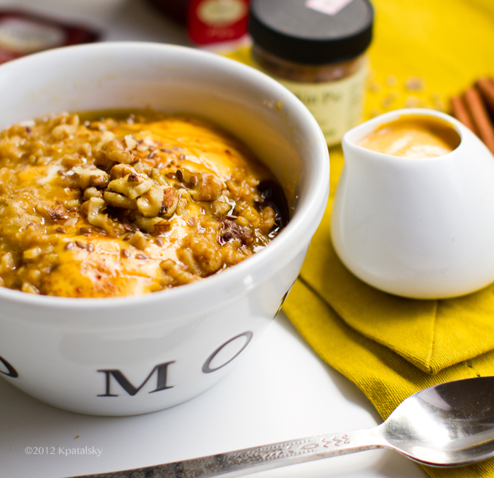 Pumpkin Pie Oatmeal with Pumpkin Cream. Vegan. Omega-3 ...
