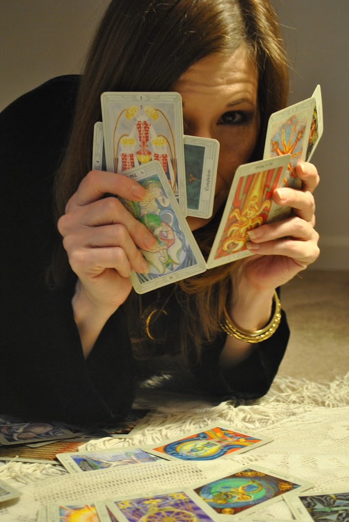 Ten Things Your Tarot Reader Won't Tell You