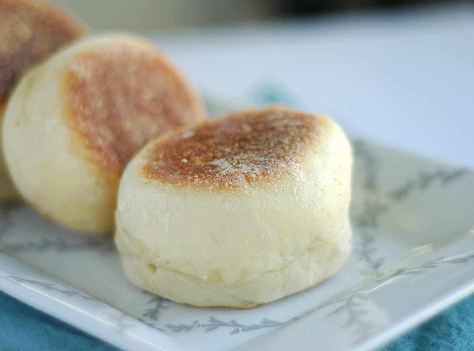 how to make english muffins with nooks and crannies