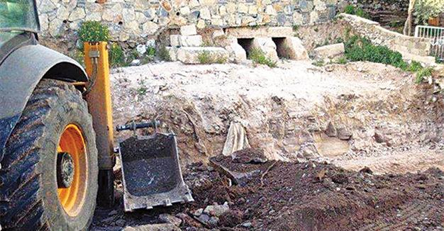 Near East: Roman-era graves bulldozed during house construction in SW Turkey