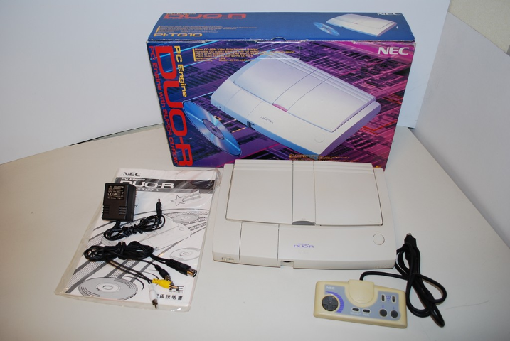 DOSSIER : La véritable PC Engine ! Pc+engine+duo-r