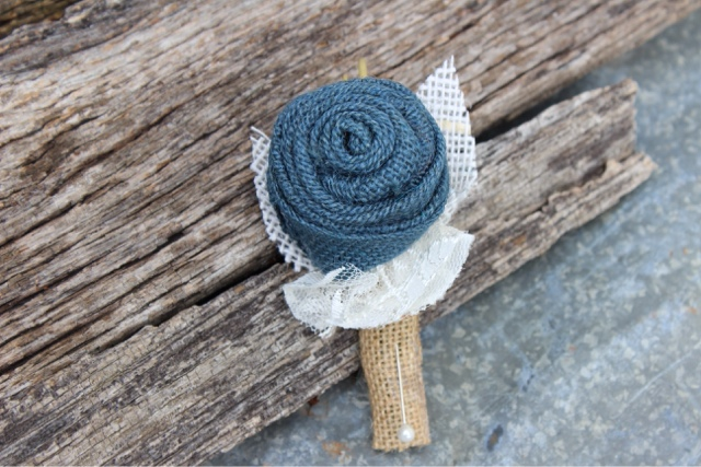 buttonhole with navy burlap