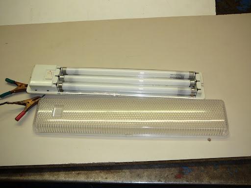 Brico sustituir fluorescentes por tira de leds smd for Sustituir tubo fluorescente por led