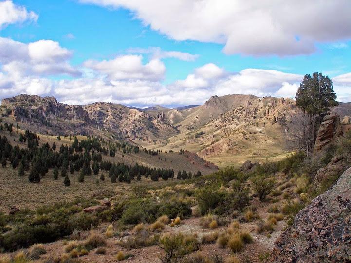 Vistas desde el Cerro Elefante al Cañadón del Río Vallas