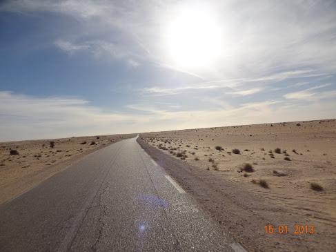Marrocos e Mauritãnia a Queimar Pneu e Gasolina - Página 7 DSC06078