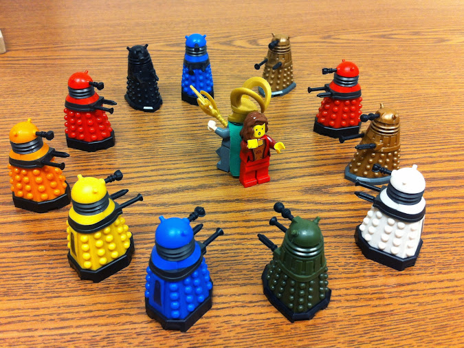 lots-of-daleks.jpg