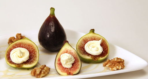 Fresh Figs, Mascarpone Cheese, Honey & Walnuts Recipe (low sodium)