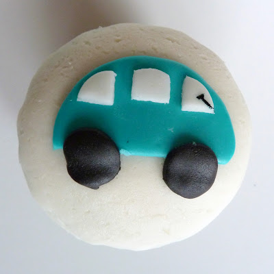 Cupcake Car Cupcakes with Homemade Marshmallow Fondant 7