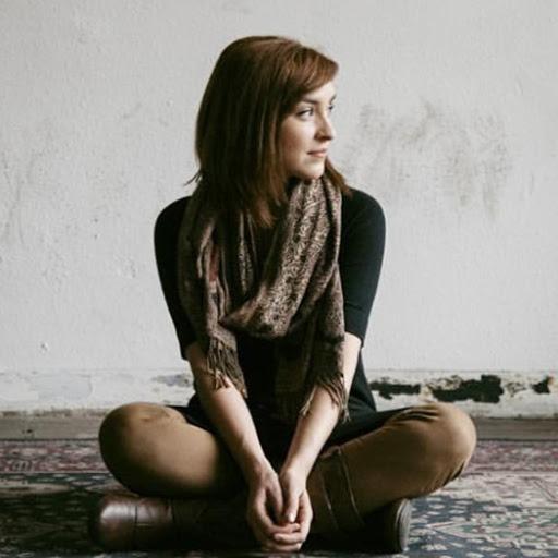 Rebecca Goldsmith Photo 19