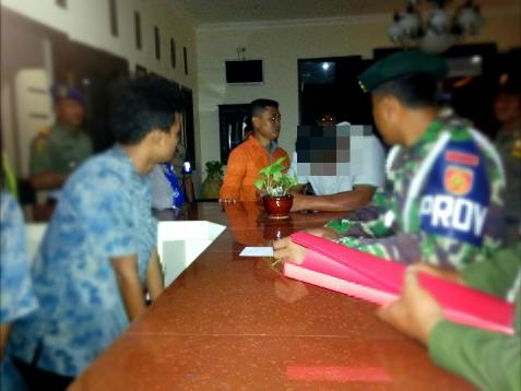 Berita dan foto kejadian Hari Valentine di Ngawi