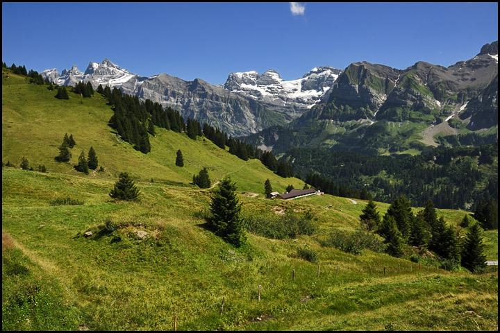 Traversée des Alpes, du lac Léman à la Méditerranée DSC_9385%2520raw-714%252Bcadre