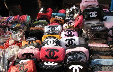 Is The Purse Forum A Giant Flea Market For Fake Handbags