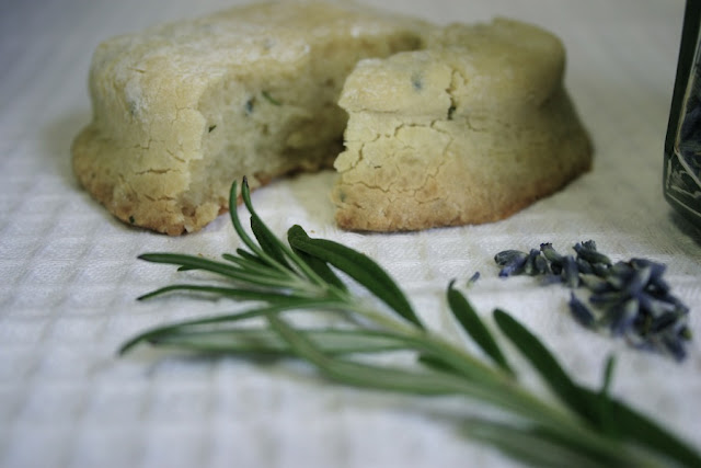 how to make almond meal biscuits
