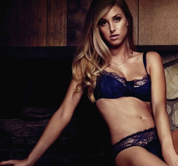 Whitney Port in lingerie is surprisingly hot(2photos)  #panties:babe,Best,lingerie,panties,strip