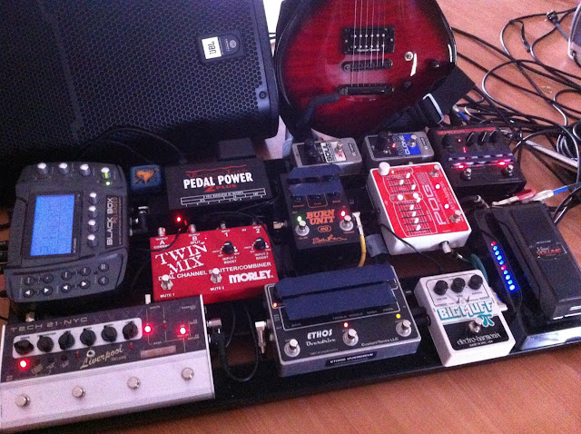 Barber Electronics : Barber Electronics forum. ? View topic - Lets see those pedal boards ...