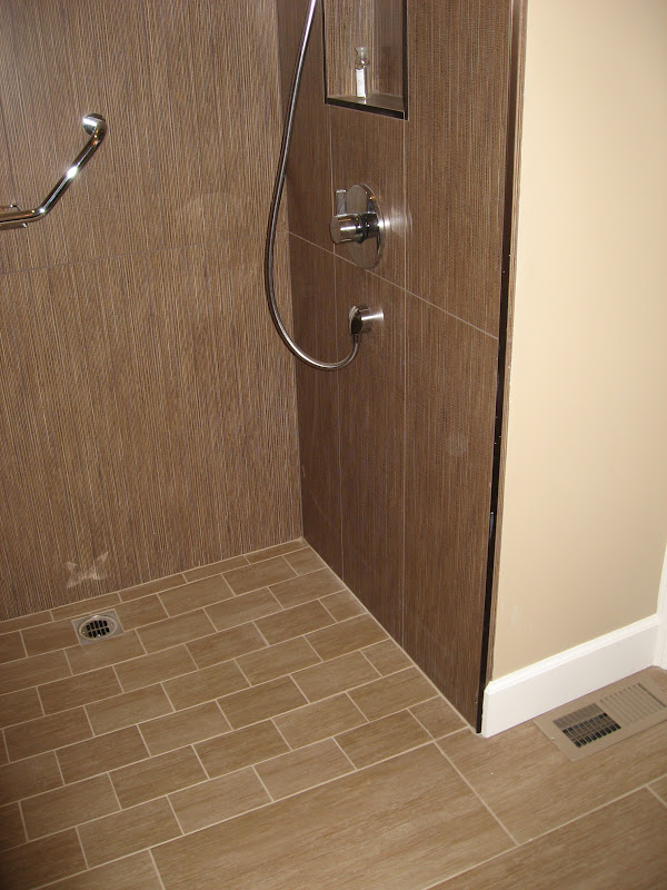 Does a curbless doorless shower look too modern for Doorless showers for small bathrooms