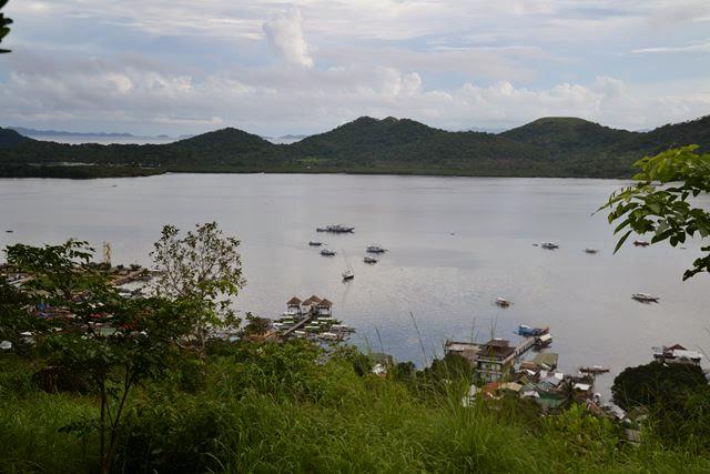 タプヤス山 - コロンの港付近の眺め