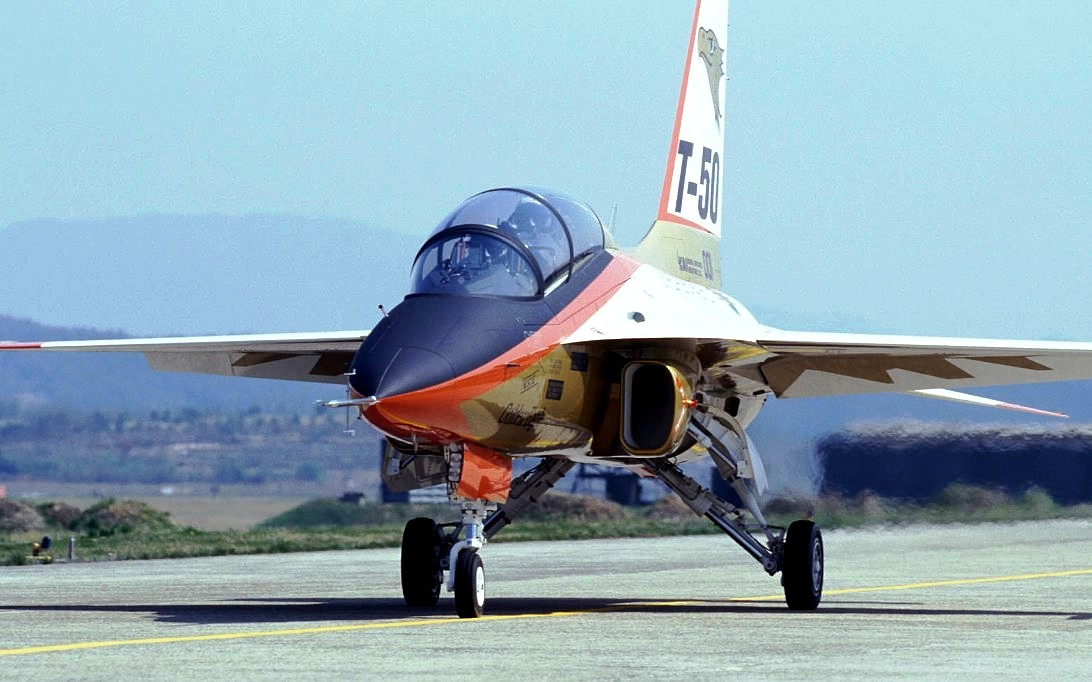KAI T-50 Golden Eagle (File Foto 3)