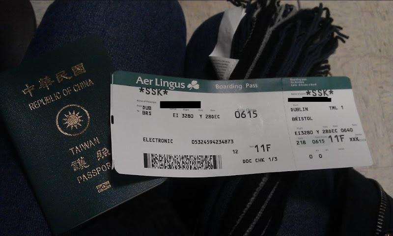 從Dublin飛Bristol的機票與我的護照,有注意到飛機航班的時間嗎?