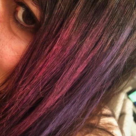 Renkli Saç Tebeşiri ile Saç Boyama