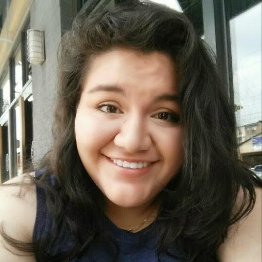 Jennifer Velasquez Photo 26