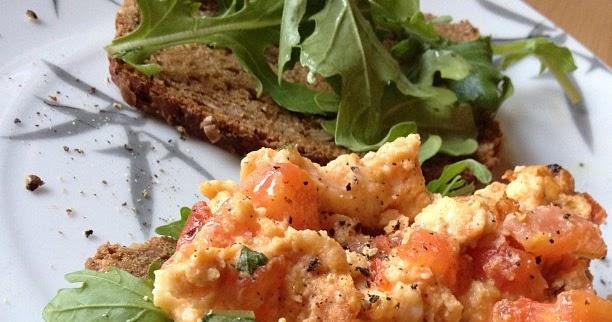 K chenzeile mediterranes tomatenr hrei violett for Einfache kuchenzeile