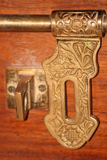 Door Lock - Hiliki House