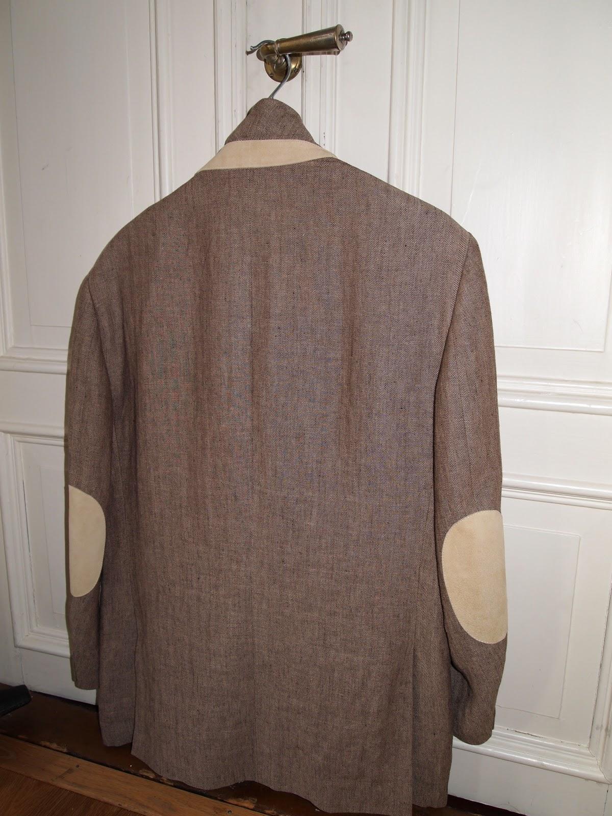 30cc4920 ... i detaljene, og sånn sett passer det jo bra at dette er en jakke i  Thomas Bernards ånd, og gjenfunnet i minnet til den norske poeten Claes  gill, ...
