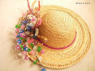 kapı süsü şapka