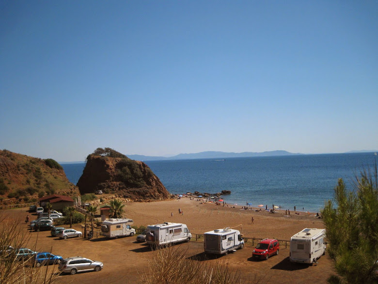 Cala Seregola - red sand beach between Cavoli and Rio Marina