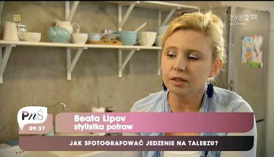 Rosa Pytanie na Śniadanie kolczyki rosa Panorama LeSage Beata Lipov Stylistka potraw