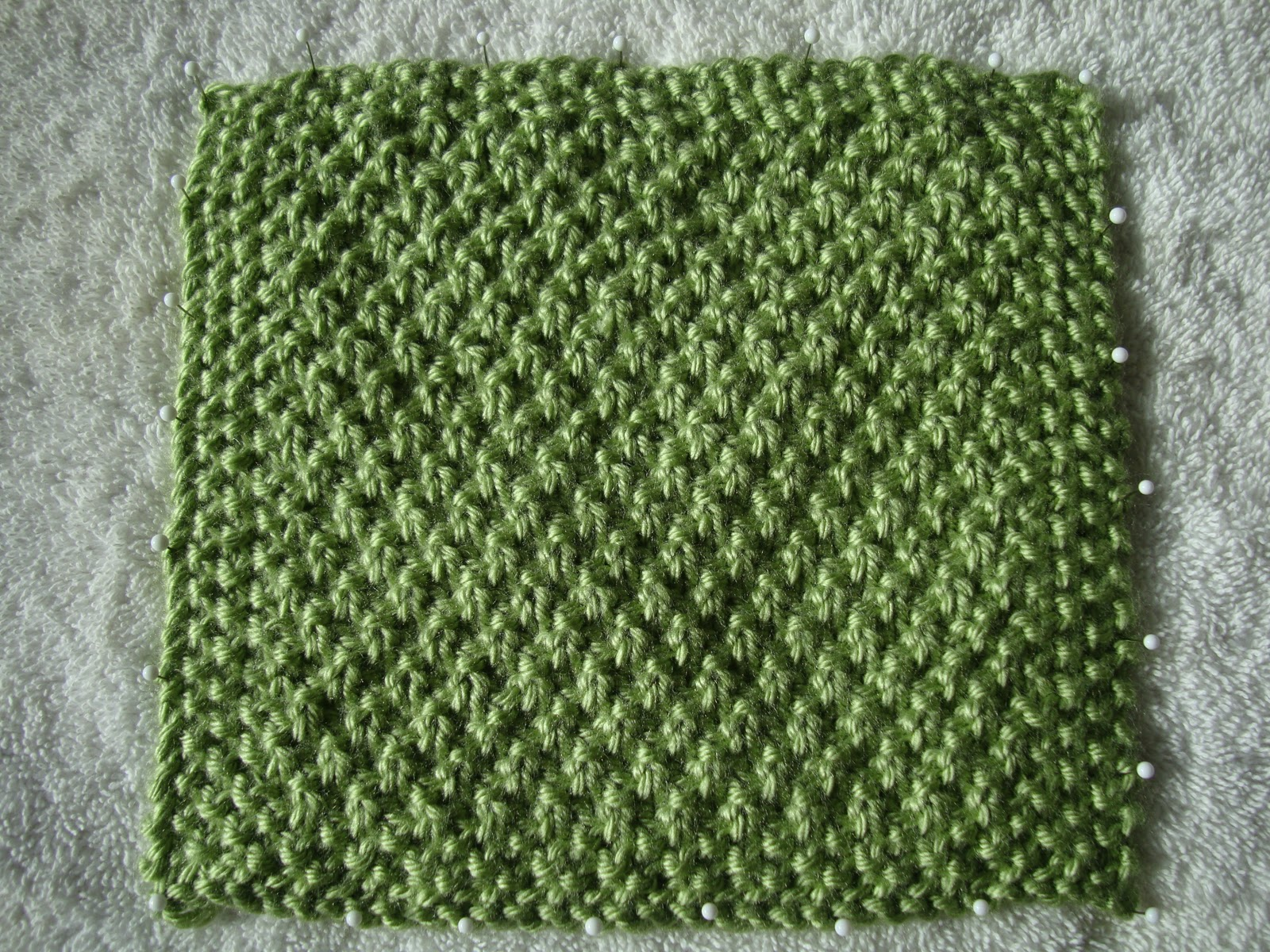Knitting Double Moss Stitch Instructions : A Year of Swatches: March Swatches