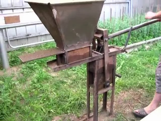 Самодельный станок для изготовления кирпича