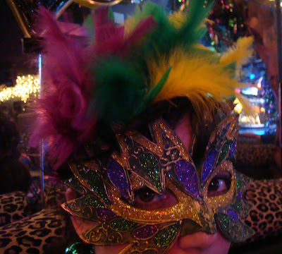 what to wear in New Orleans for Mardi Gras - tipsyterrier.blogspot.com