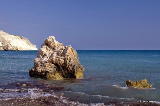 камень афродиты, петра-ту-ромиу, скала афродиты