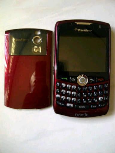 BlackBerry 8330m jogja cuma 300rb-an gan!!