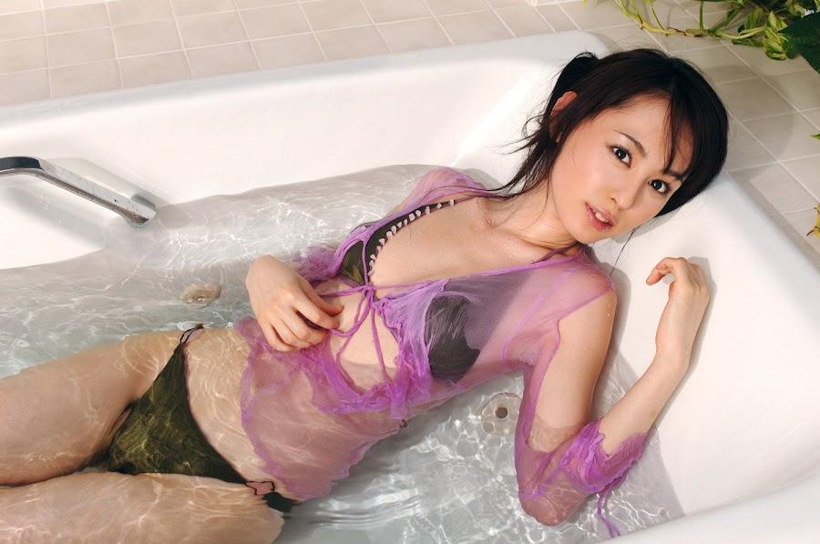 Rina Akiyama - Japanese actress, gravure idol, & tarento