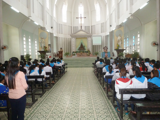 Giới trẻ Quảng Ngãi mừng lễ Các Thánh Tử Đạo Việt Nam